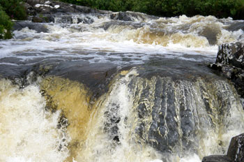 Rushing water at Eas Force